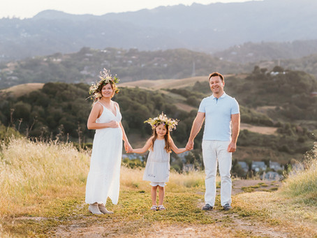 Maternity session in Corte Madera: Ina, Mike, Zoe and baby Nicole