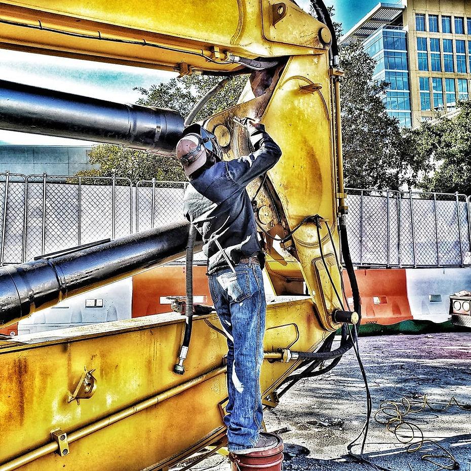 heavyequipment repair.jpg