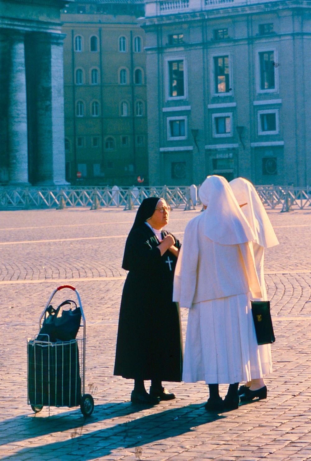 Nuns St Peter's Square Rome 1980