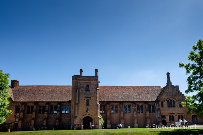 Old Palace by Hatfield House Wedding Photographer Steve Gemmell