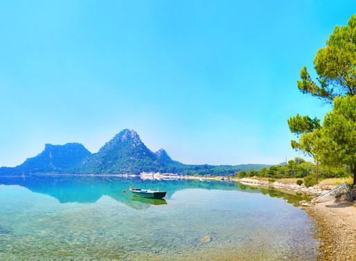 Vouliagmeni Lake   Corinth   A 3000 BC Site