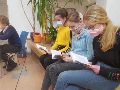 """""""Lesen ist Kino im Kopf"""" – Der bundesweite Vorlesewettbewerb an der Heincke-Schule"""