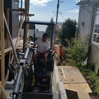 EXCAVATING SERVICES, RATES,NORTH VANCOUVER, NORTH SHORE, RUBBER TRACKS, NELSON STREET, CONFINED SPACES