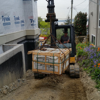EXCAVATING SERVICES,BACKYARD FILLING, RATES,NORTH VANCOUVER, NORTH SHORE, RUBBER TRACKS, LIFT 4000LBS PAVERS, TIGHT SPACE
