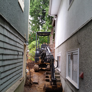EXCAVATING SERVICES,BACKYARD FILLING, RATES,NORTH VANCOUVER, NORTH SHORE, RUBBER TRACKS, ST.JOHNS STREET