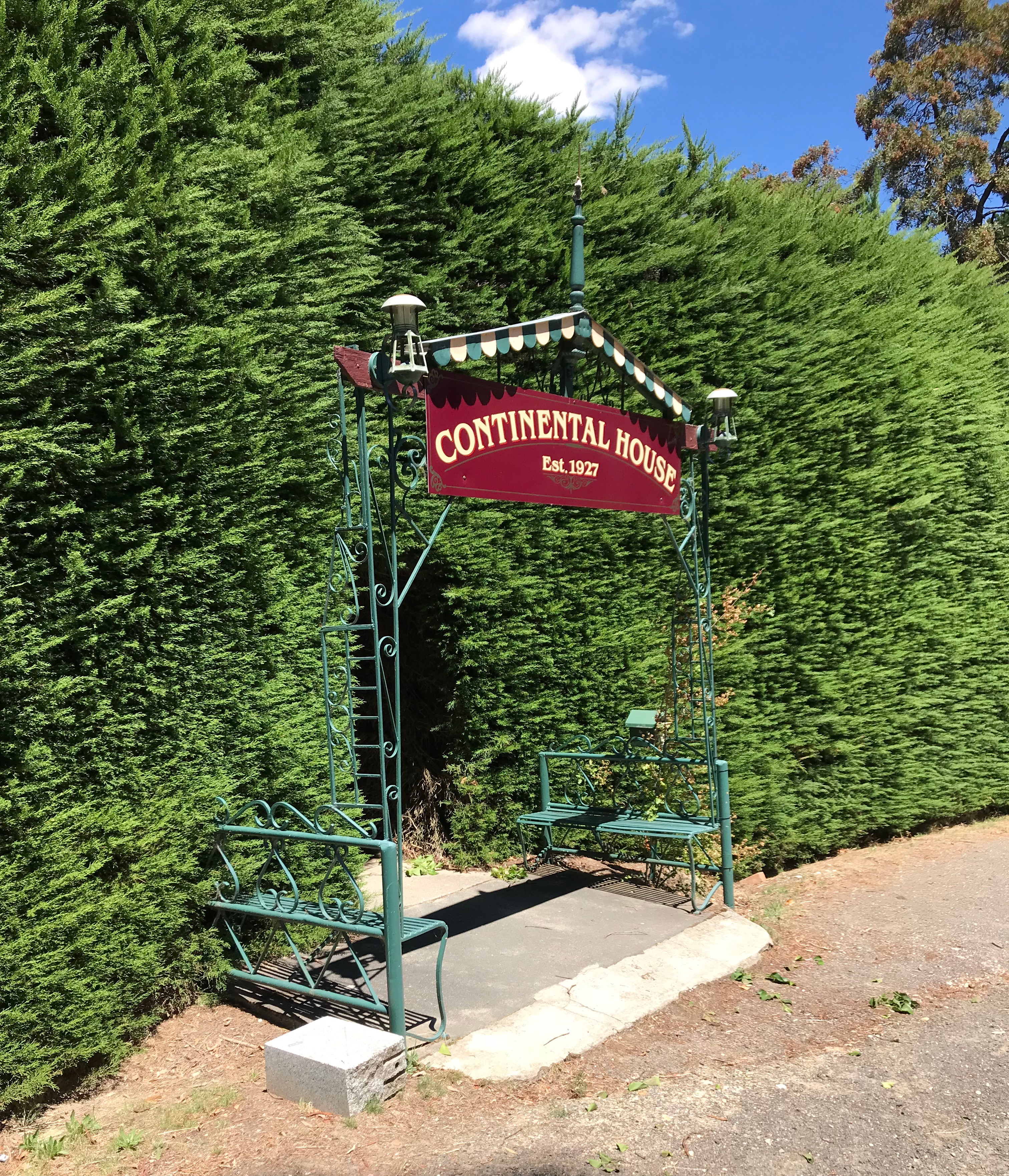 Continental House, Hepburn Springs