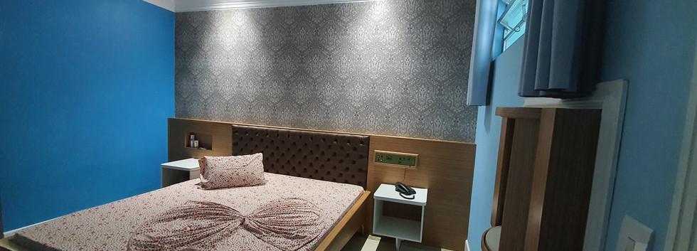Suite (2).jpg