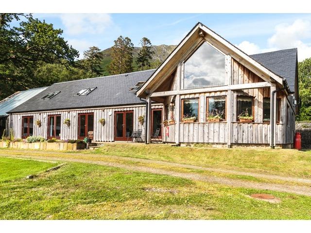 Knoydart Lodge