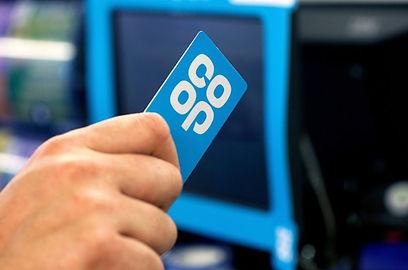 NO_T05-funding_Co-op-membership-card-han