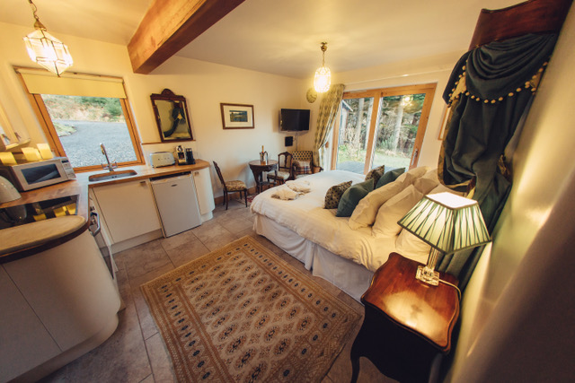 Knoydart House Studio Room
