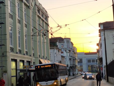 Em Coimbra não há problemas de oferta de transportes públicos?