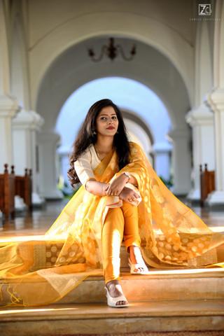 Bride like Queen