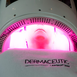 Dermalux light technology
