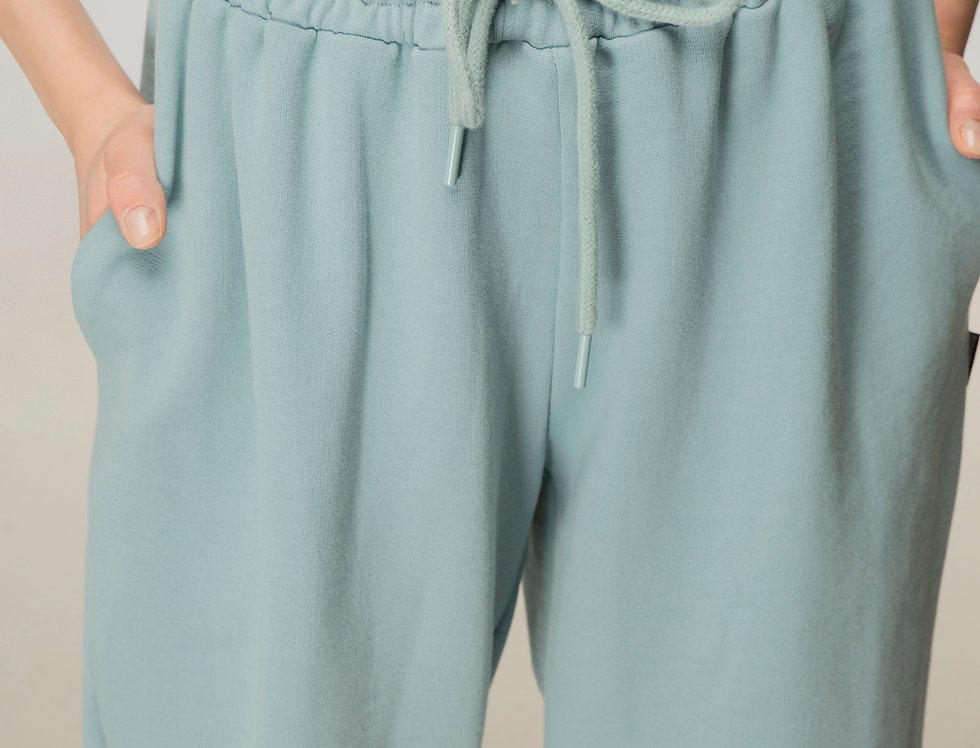 Console sweatpants in baby blue