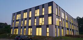 immeuble de bureaux pierre