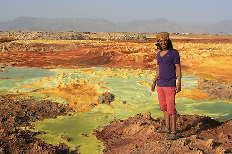 Guide to Dallol sulfur lake, Danakil Depression