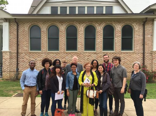 Flonzie meets students from Brown University at Tougaloo College.