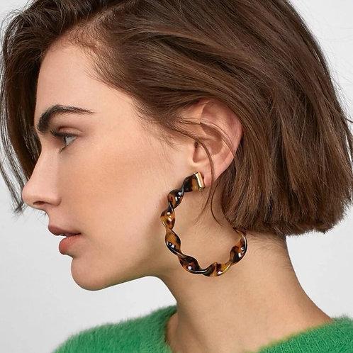 Twisted C's Hoop Earrings-Tortoise