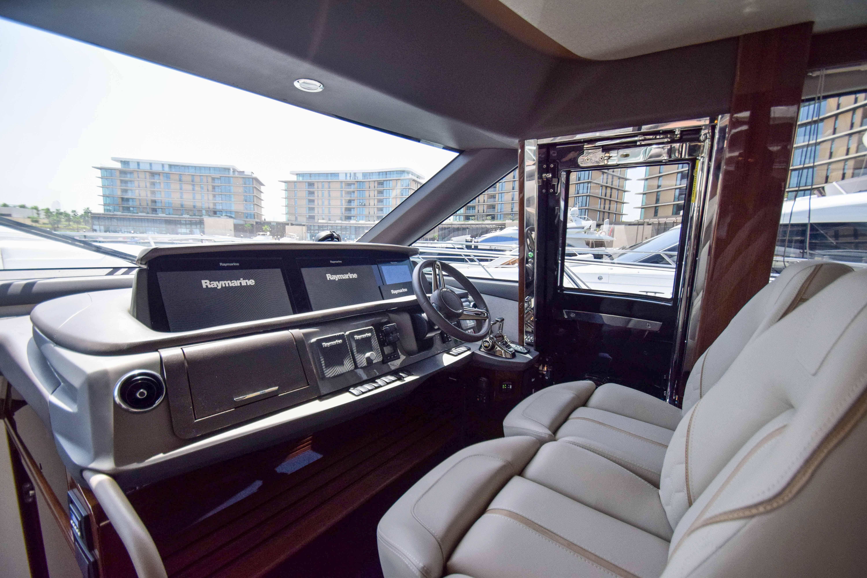 Princess 62 interior (7)