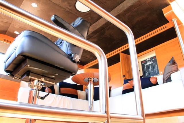 Yacht 105-23.jpg