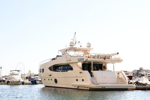 Yacht 105.jpg