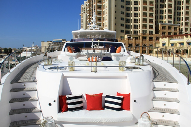 Yacht 105-59.jpg