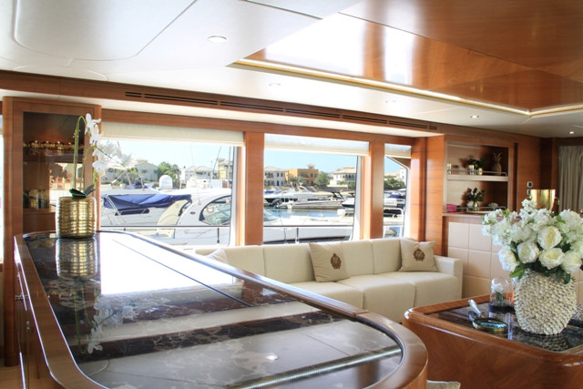 Yacht 105-40.jpg