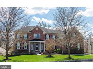 55 Goldfinch Cir, Phoenixville, PA