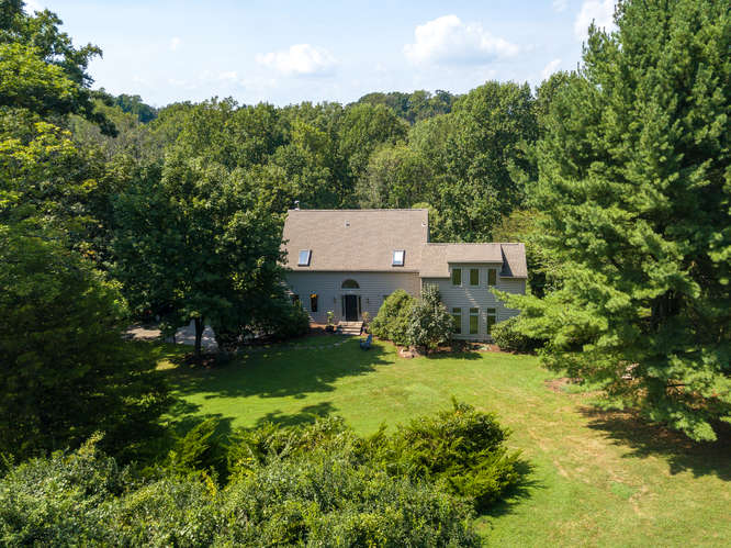 5 Diamond Rock Road, Phoenixville