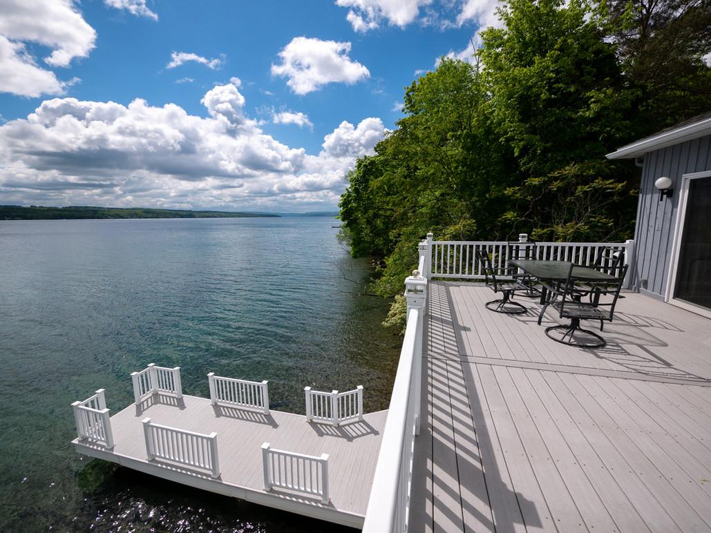 Boathouse seating level