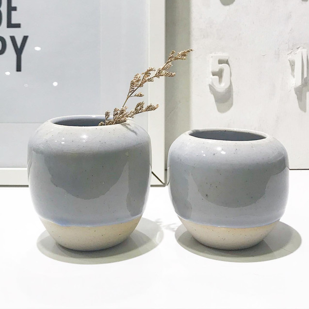 #H01_Dome Vase