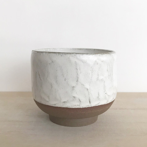#19/ TEXTURED CUP