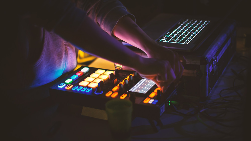 Electronic Dance Music Producer using a MIDI controller