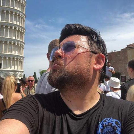 Fikret Tüfekçi - Pissa İtalya.jpg