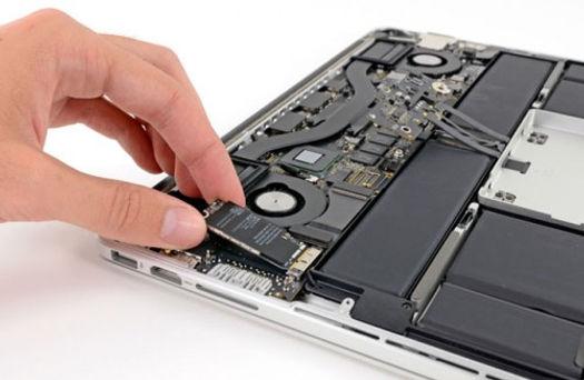 riparazione macbook pro.jpg