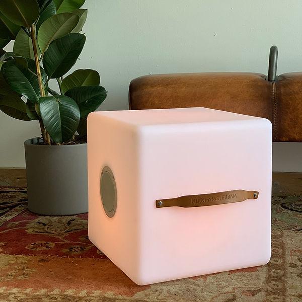 the-cube-multicolor-nikki-amsterdam-zite