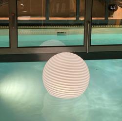 Ball-in-water-3.jpeg