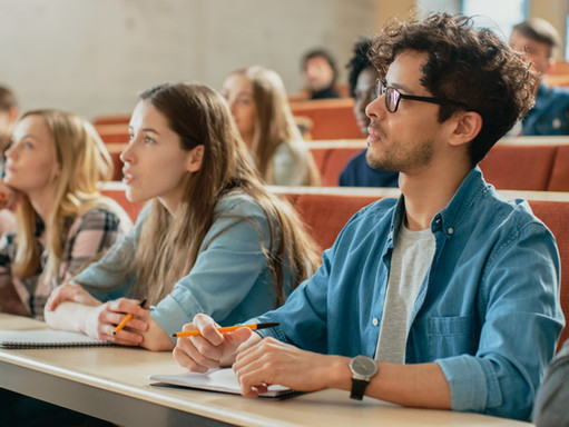 """Koronawirus: """"pomarańczowy"""" kod dla uniwersytetów w Antwerpii i Gandawie"""