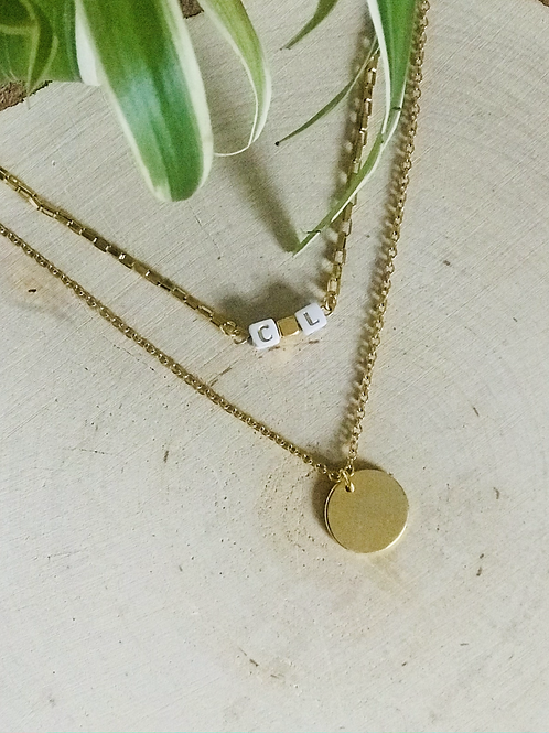 Collier initiales perles blanches