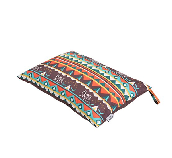 BlackDeer pillow/Brown