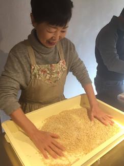 味噌作り-01.jpg