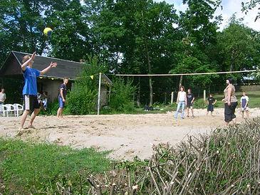 2007 Volleyballplatz.jpg