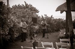 Bula Akamu Duo ~ Hawaii Weddings