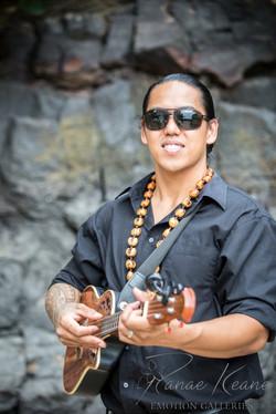 Bula Akamu ~ Hawaii Wedding Musician