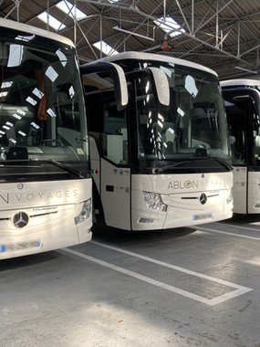 Location autocar, minibus et van avec chauffeur Ablon Voyages