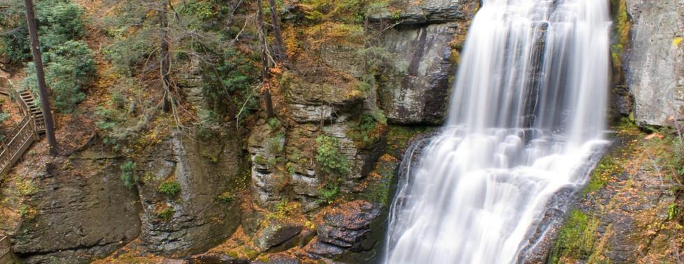 fall-colors-at-bushkill.jpg
