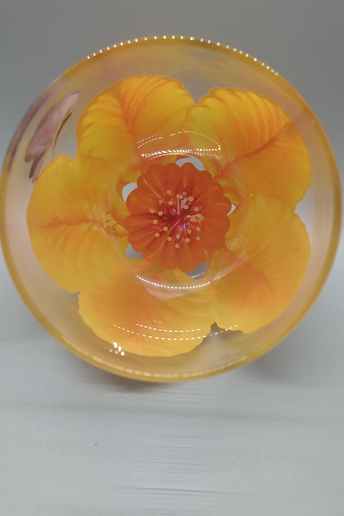 Wine Glass / Water Goblet Daffodil