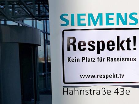 Schweigeminute für die Opfer von Hanau bei Siemens