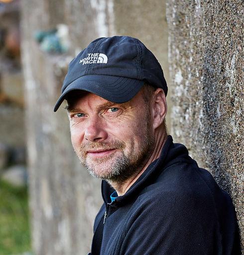 Geoff Allan, Guirdil Bothy 810A0946 soci
