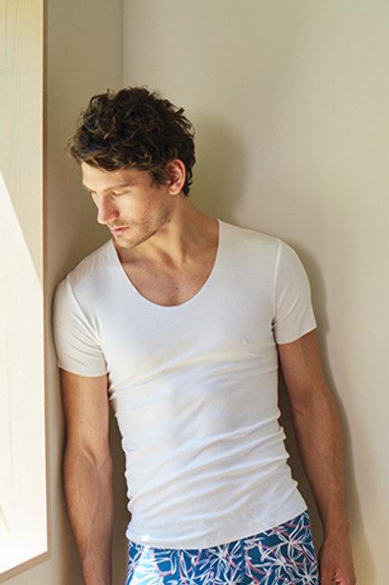U-Neck T-shirts White